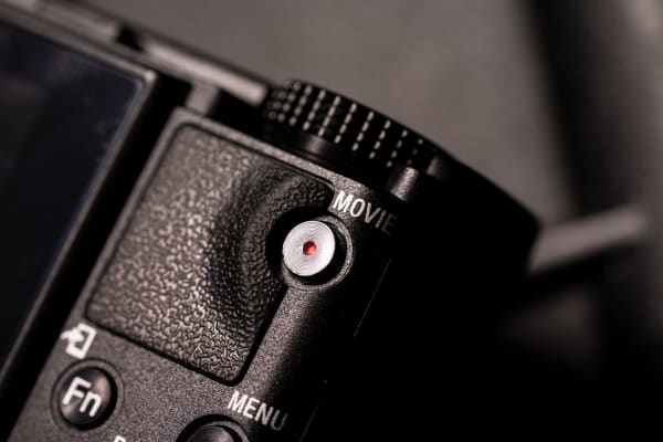 The RX100 has a dedicated movie button that allows users to start recording quickly.