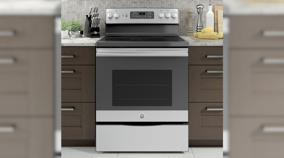The Best Gas & Electric Ranges Under $800 of 2020 - Reviewed ...
