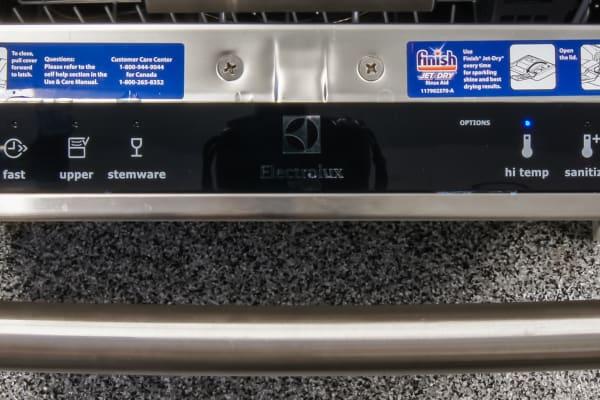 Electrolux EI24ID50QS control panel