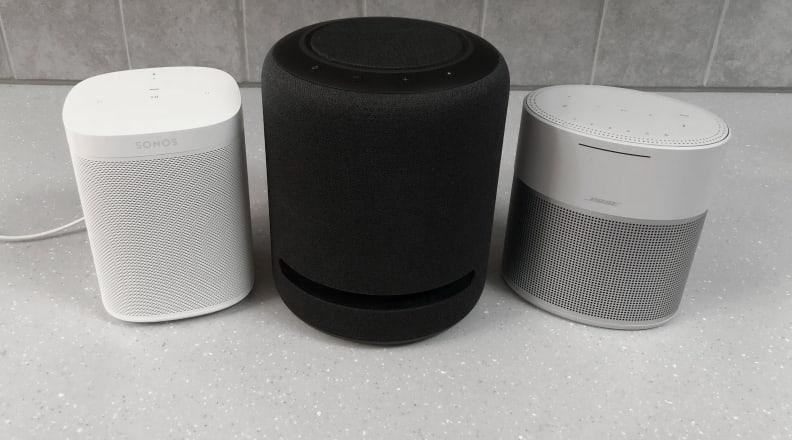 Sonos One, Echo Studio, Bose Home Speaker 300 2