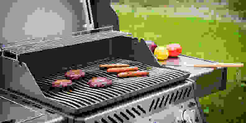 Stainless-steel gas grill