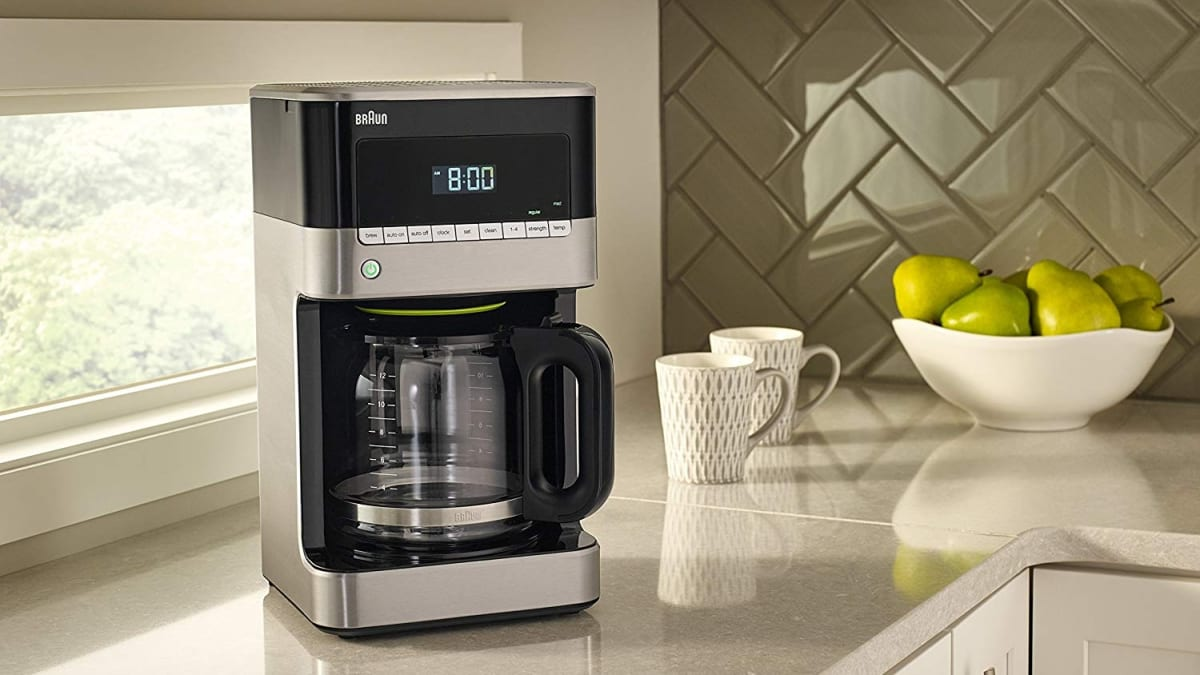 Here's how to clean a coffee maker simply using vinegar