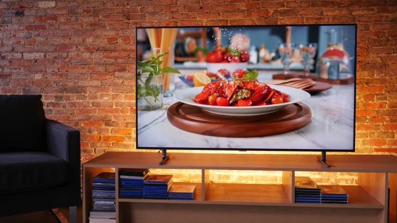 Samsung Q80R with 4K Content