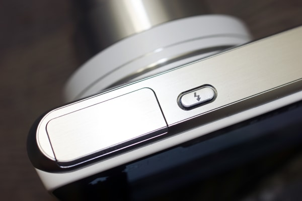 Close up of  flash release on Samsung Galaxy 2 camera.