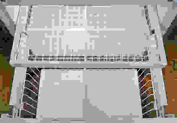 Electrolux-EI27BS26JS-freezer.jpg
