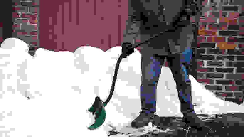 The Suncast SC3250 is the best snow shovel we've tested.