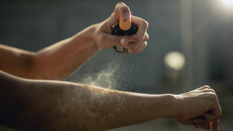 Spray sunscreen
