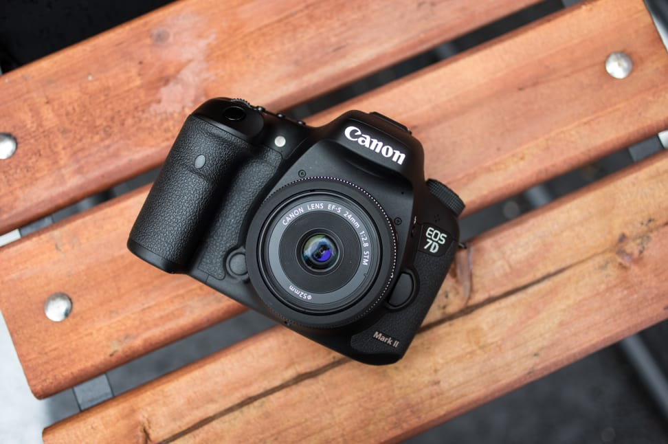 Canon-28mm-2.8-Front