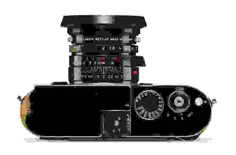 Leica-Correspondent-Up-Close.jpg