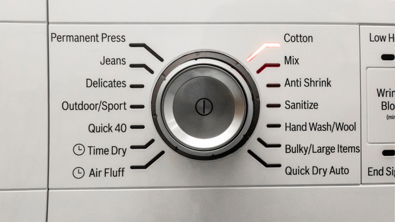 Multiple drying features on a dryer from Bosch.