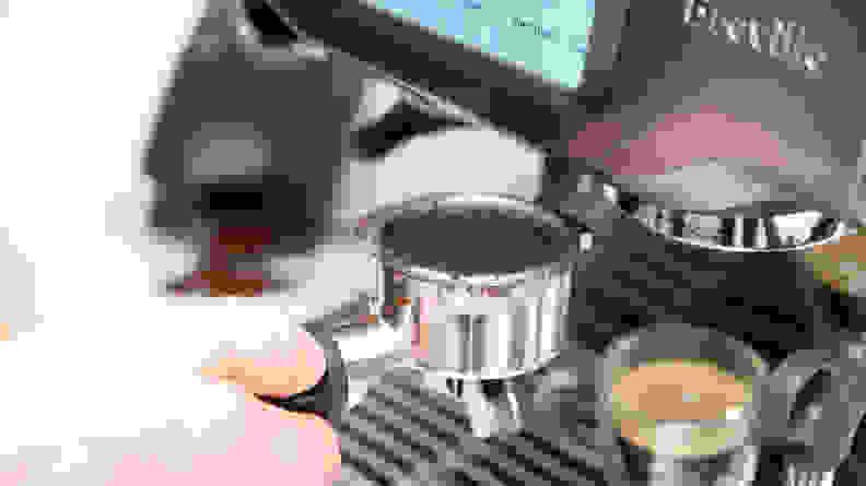 extracting espresso