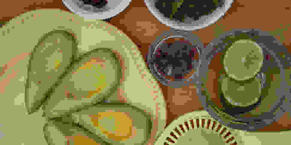 Avocados, limes, onions, cilantro
