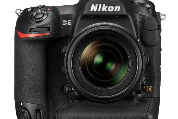 Nikon D5 Straight