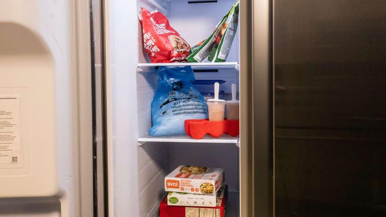 Samsung RS27T5200SR Refrigerator Review — Freezer