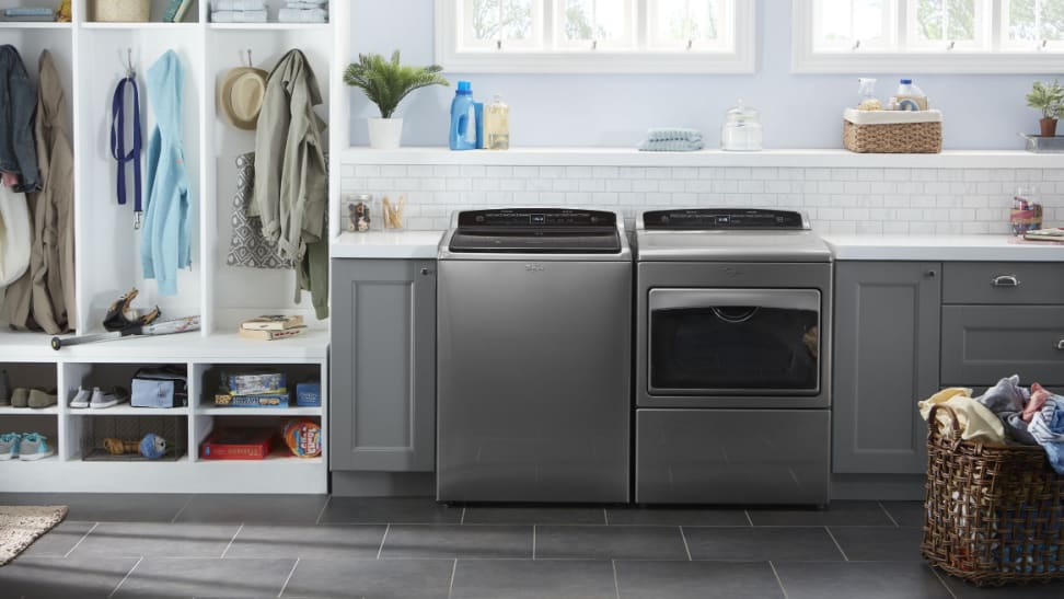 The Whirlpool WTW7500GC adds style to any laundry room
