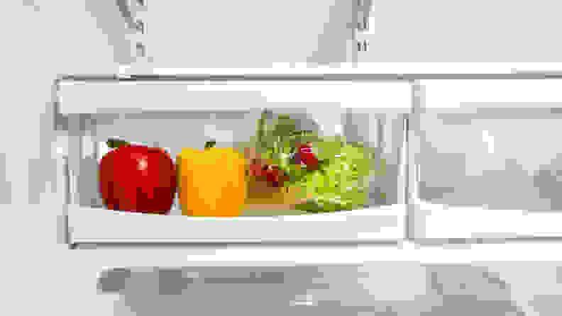 KitchenAid-KRFC300ESS-refrigerator-crisper