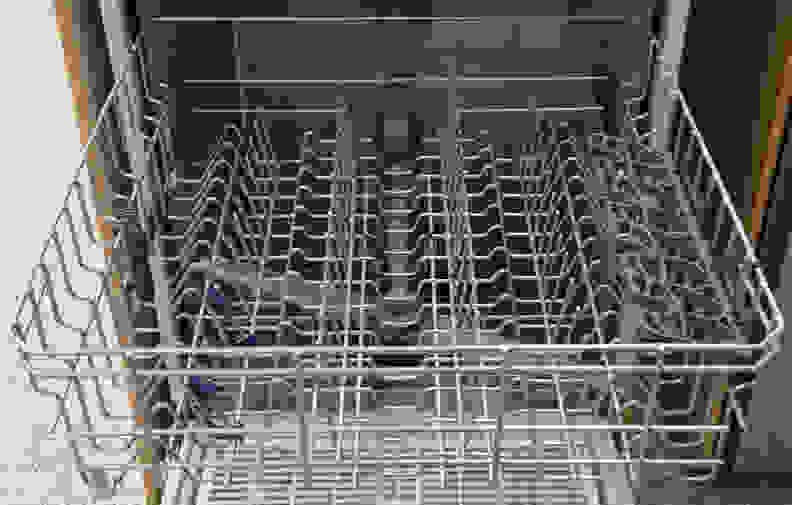 Whirlpool WDF540PADM—Top Rack