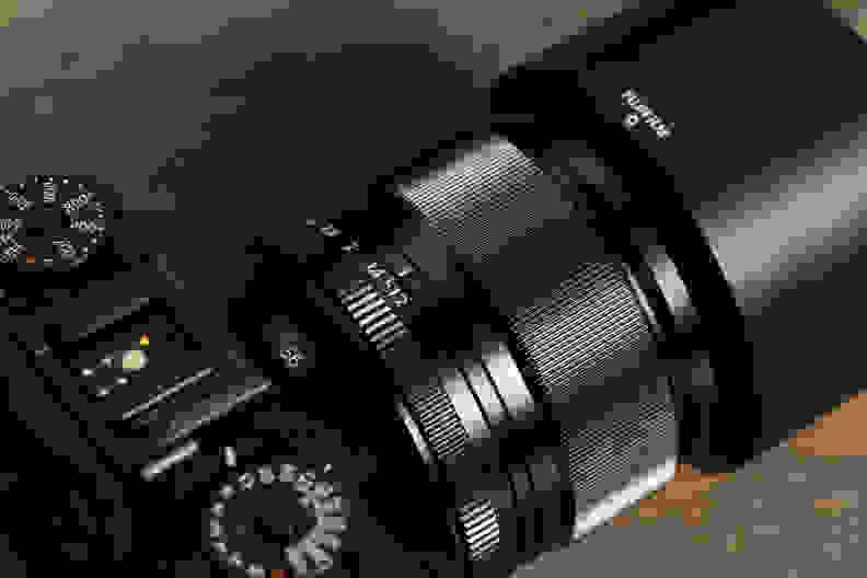 fuji-56mm-f1p2-review-design-control-rings.jpg