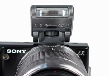 SONY-NEX-5-flash.jpg