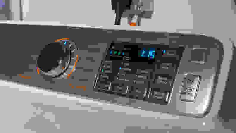 Samsung-DVE50M7450W-controls