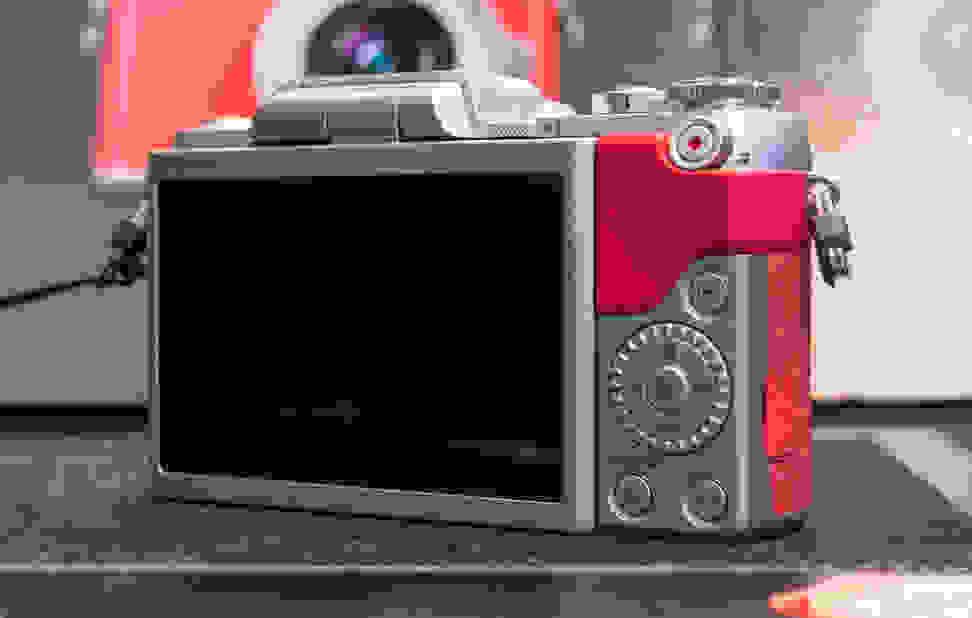 Panasonic Lumix GF7 –Rear Controls