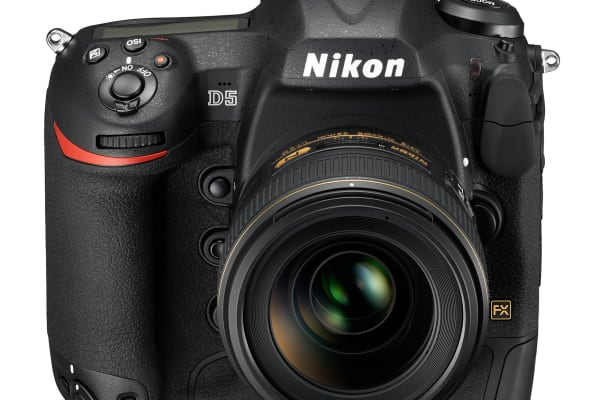Nikon D5 Front Angled
