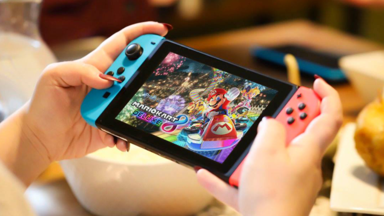 You can play multiplayer games online with the Nintendo Switch.
