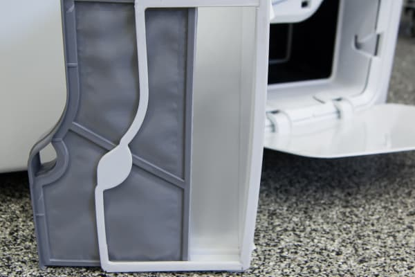 The Whirlpool Duet WED99HEDW's secondary lint screen helps keep the recycled air clean.