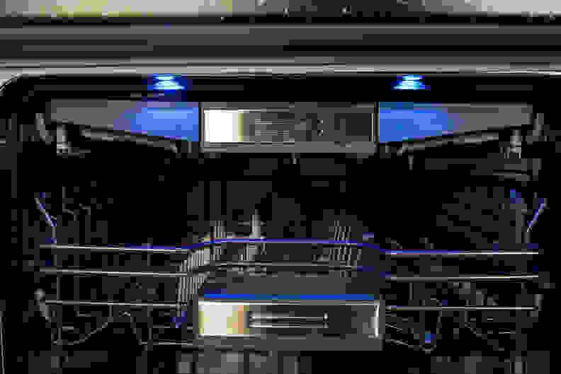 Thermador DWHD650JPR—Glow In The Dark