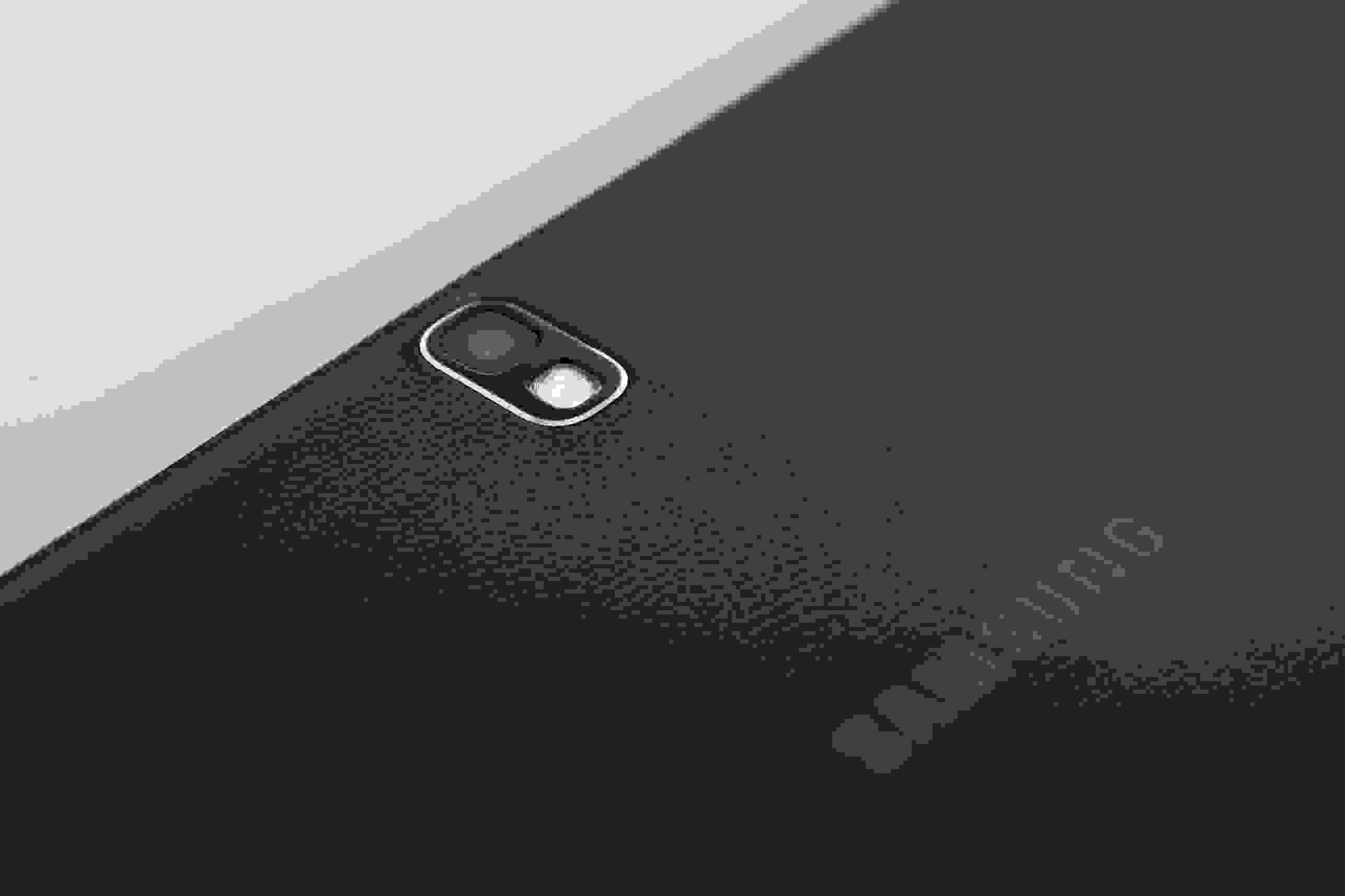 """A close-up of the camera of the Samsung Galaxy Note Pro 12.2""""."""