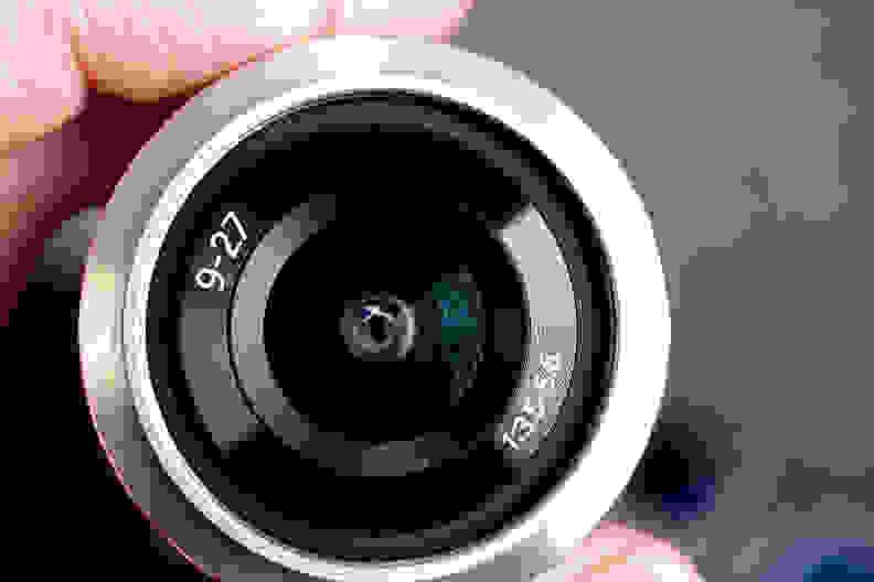 SAMSUNG-NX-MINI-LENS2.jpg