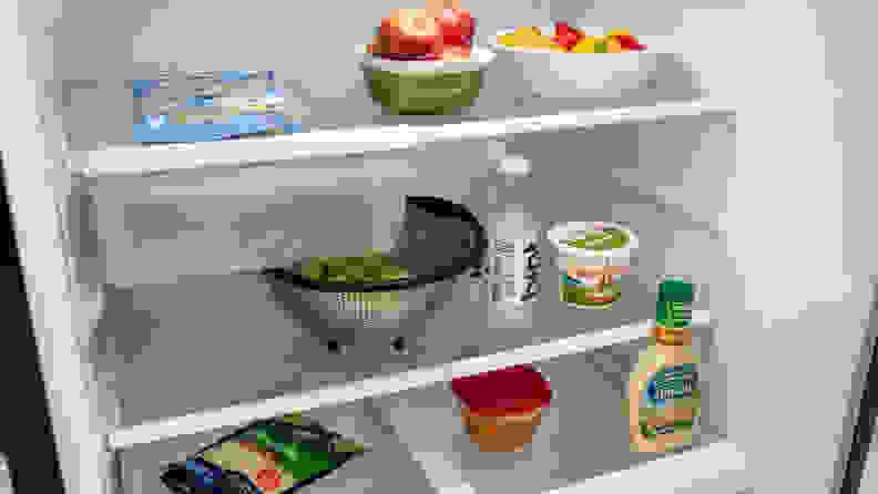 GE GTS22KGNRBB top-freezer refrigerator — interior