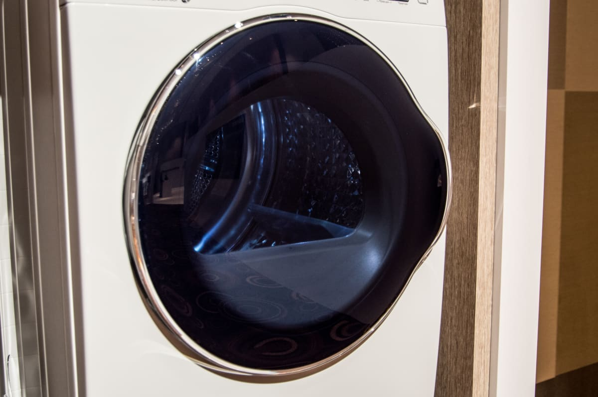 Samsung Bets Big On Compact Laundry Machines Together With Electric Clothes Dryer Additionally Maytag The Crystal Blue Doors Make Units More Attractive