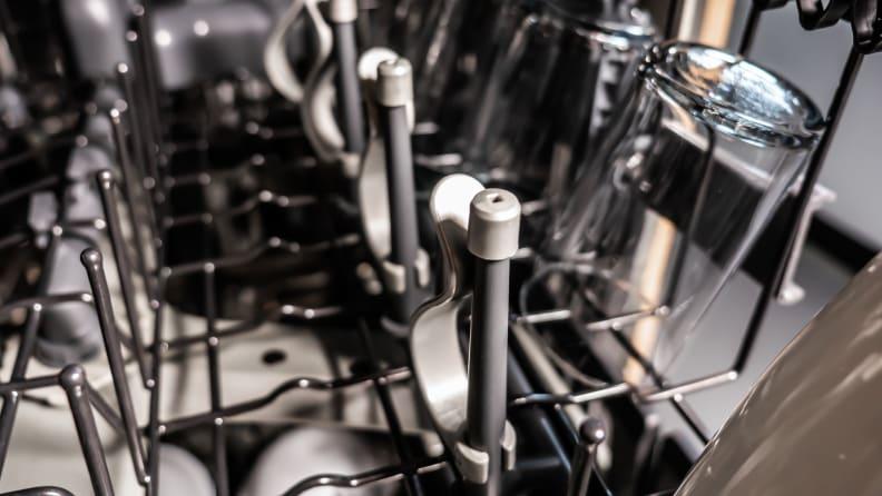 GE Café CDT875M5NS5 dishwasher review — bottle jets