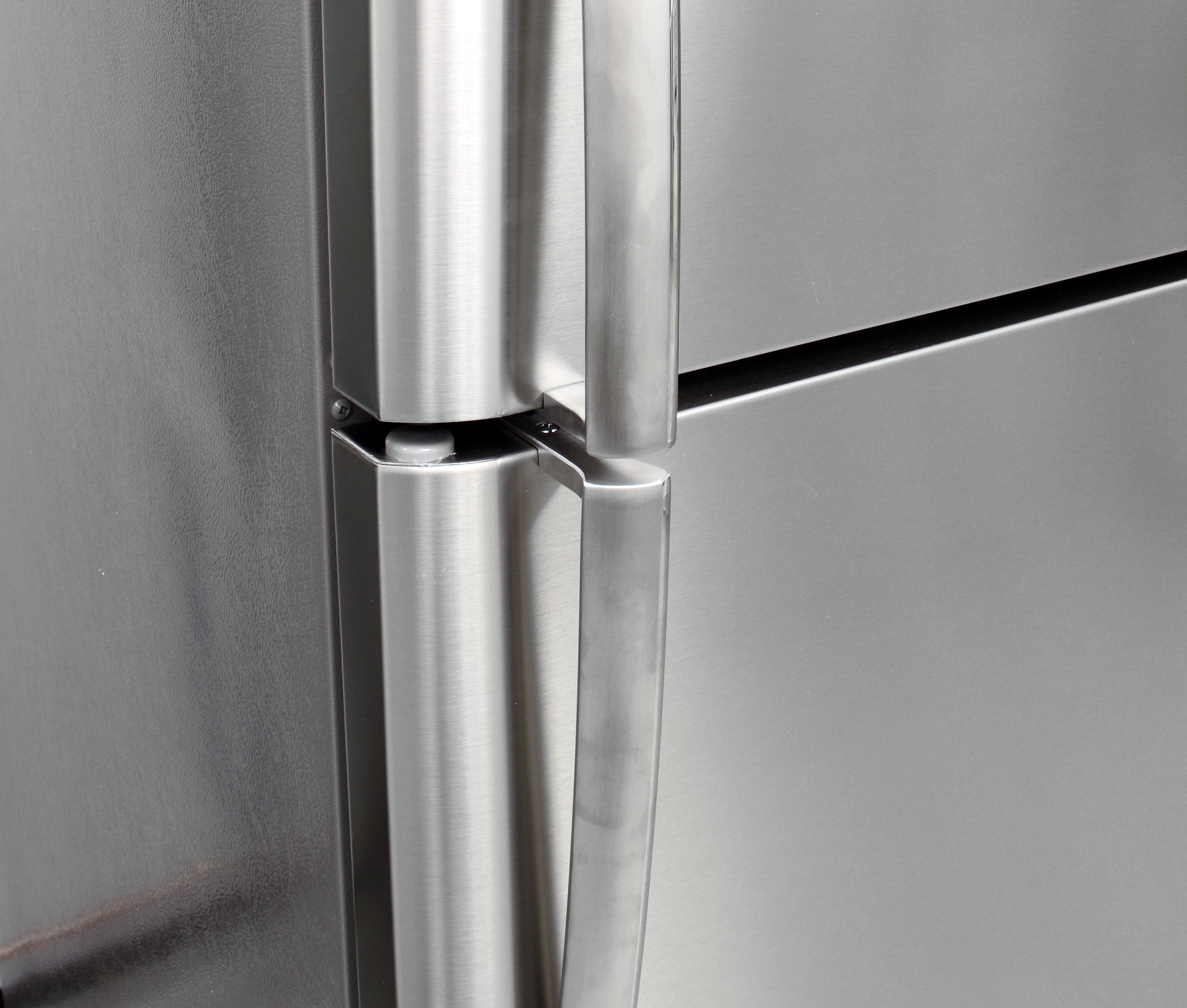 The Frigidaire Gallery FGTR1845QF's handles are comfortable to grip, but the smudge-proof finish may look slightly darker next to regular stainless products.
