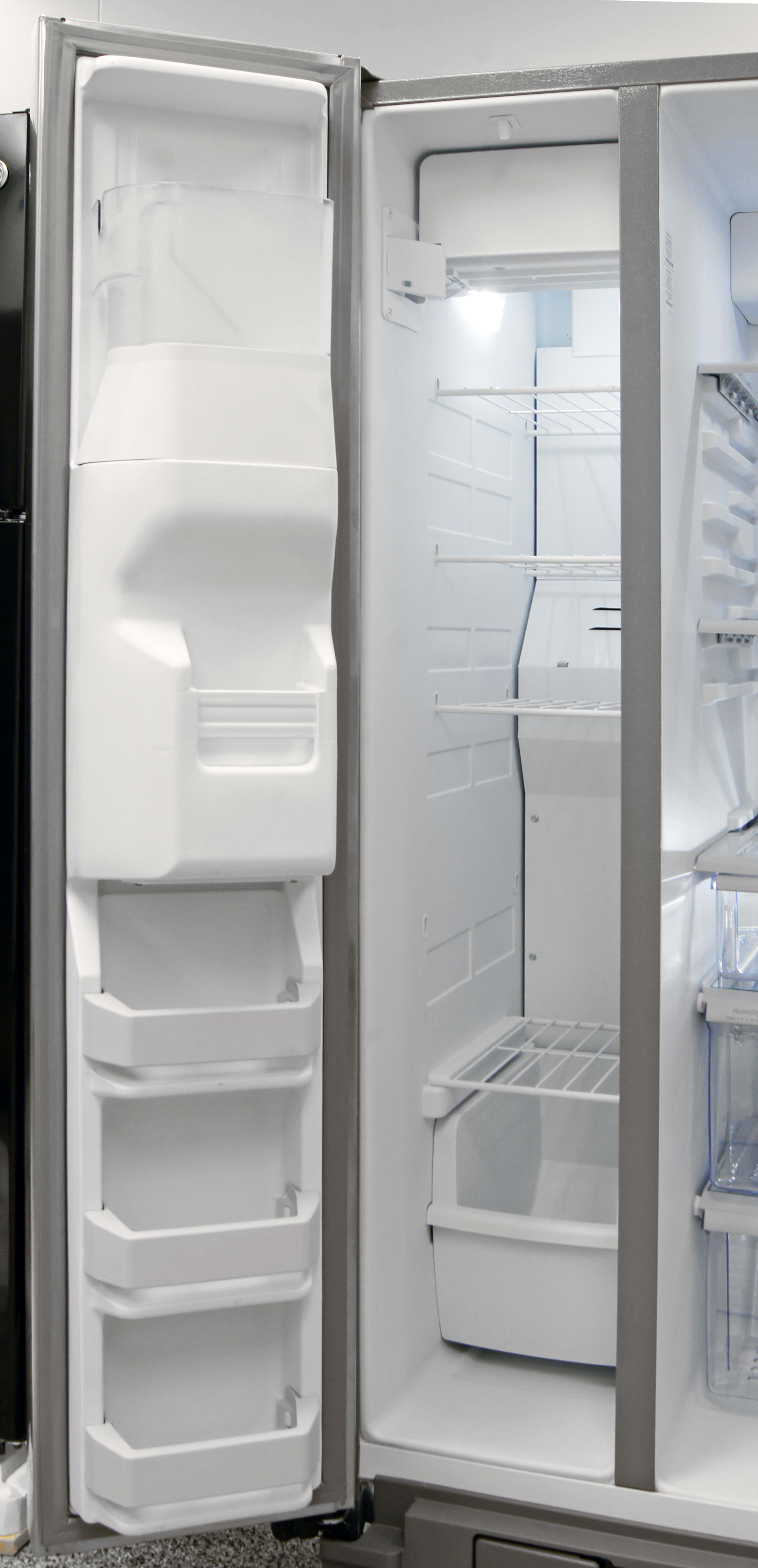 The KitchenAid KSF22C4CYY's freezer can feel quite cramped, depending on what sort of food you plan to put inside.