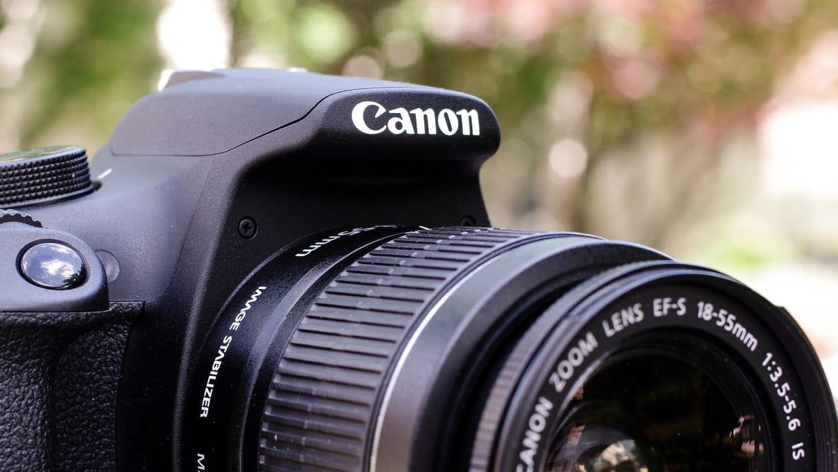 The Canon Rebel T5 is one of the better DSLRs you can buy under $600