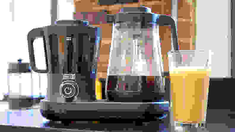 Dash Rapid cold brew coffee maker
