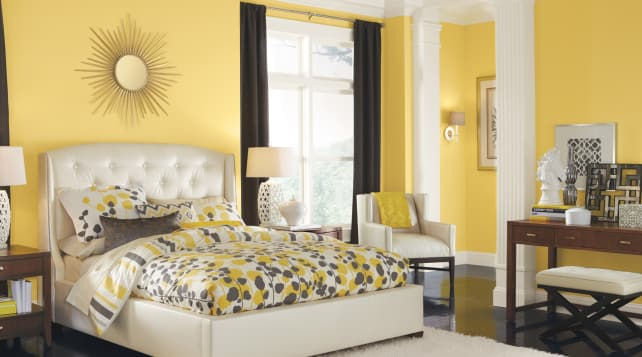 Sherwin-Williams-yellow-bedroom
