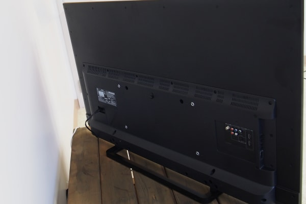 Ports are located on the back-left of the Toshiba 50L1400U.