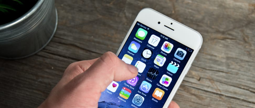 apple-iphone-6-review-design-in-use.jpg