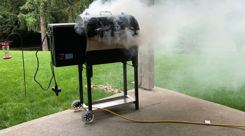Smoking Rec Tec smart grill