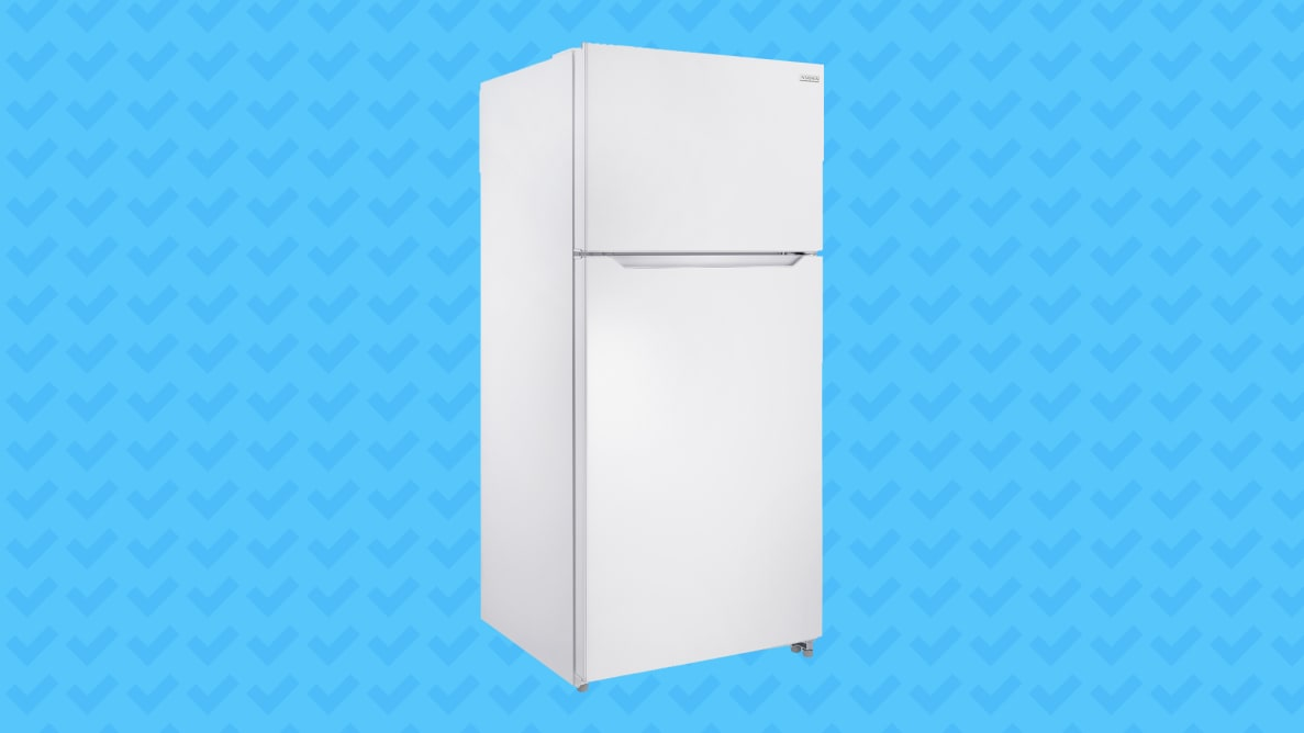 Best Buy Insignia NS–RTM18SS7 NS–RTM18WH7 Series Top Freezer Refrigerator