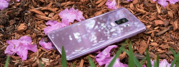 Samsung galaxy s9 plus with flowers