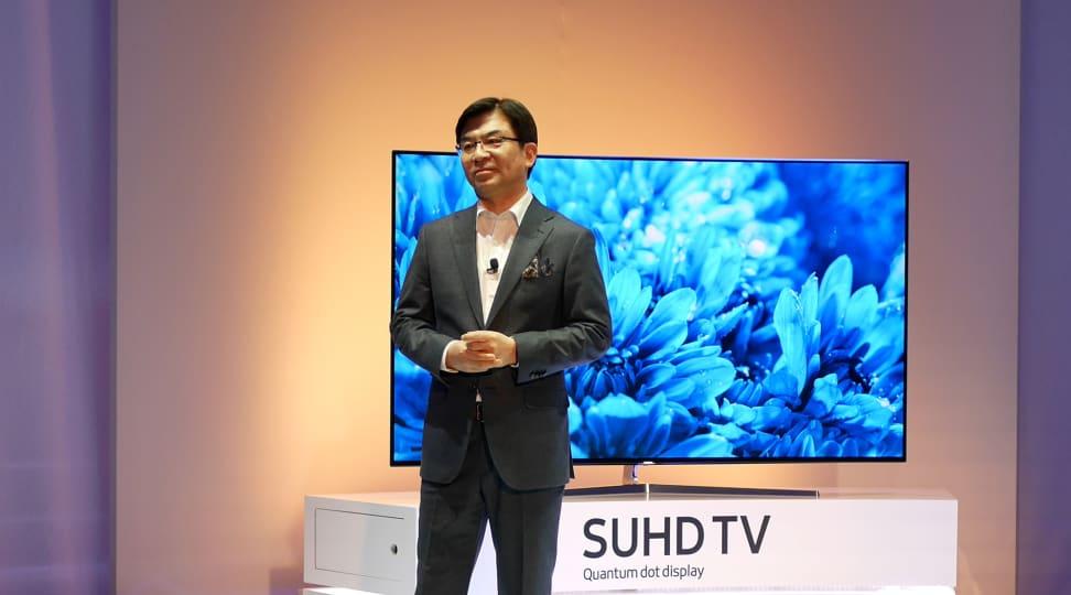 Samsung's Hyun Suk Kim unveils the 2016 TV lineup