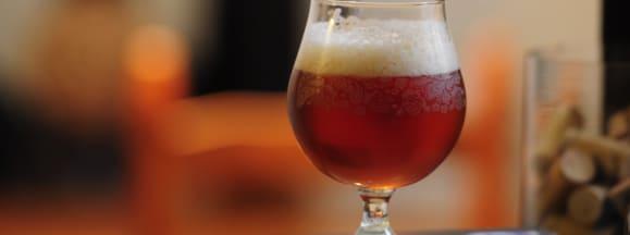 Beer glass hero