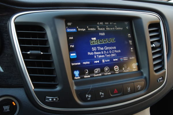 Chrysler 200 UConnect touchscreen