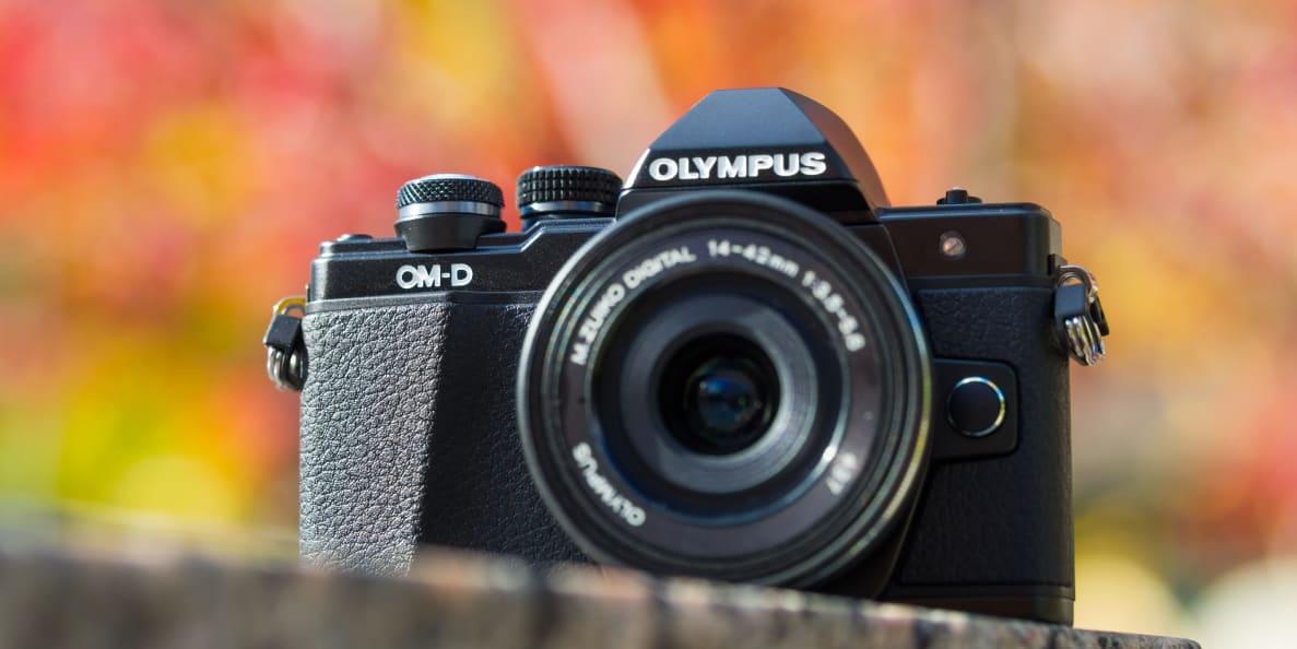 Olympus OM-D E-M10 Mark II Hero Image