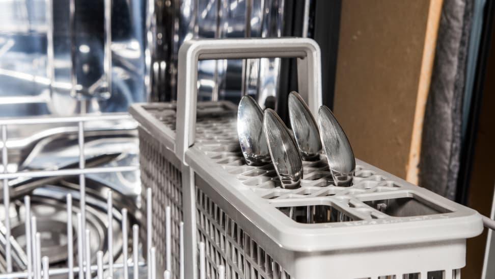 KitchenAid-KDFE104HPS-cutlery