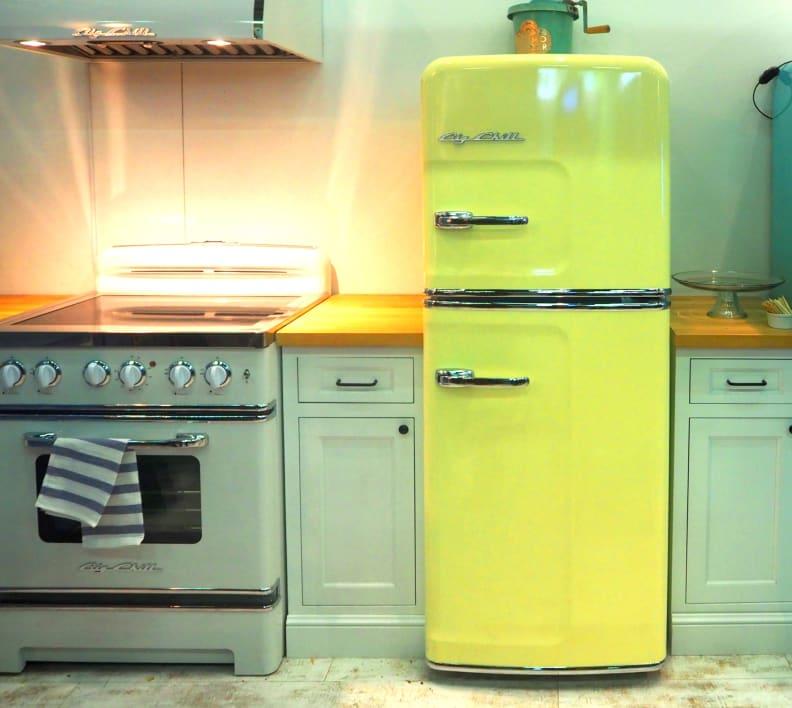 Big Chill 24-inch refrigerator and range